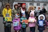Збір подарунки для бійців АТО в рамках виставки  Марини Соченко« Борітеся – поборете!
